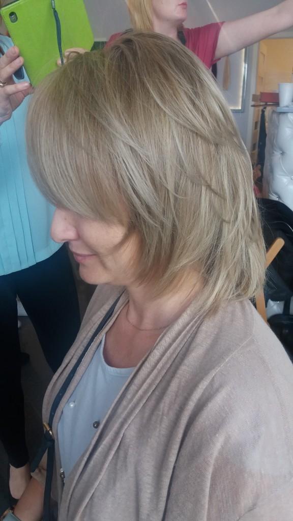 Chłodny blond JOICO - efekt 'po'