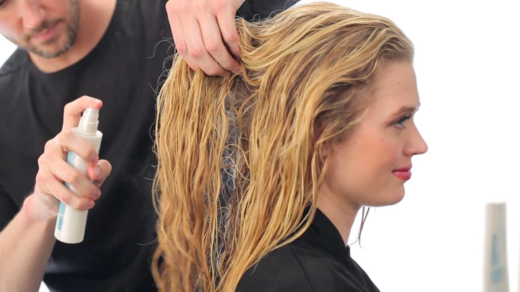 Włosy kręcone JOICO pielęgnacja