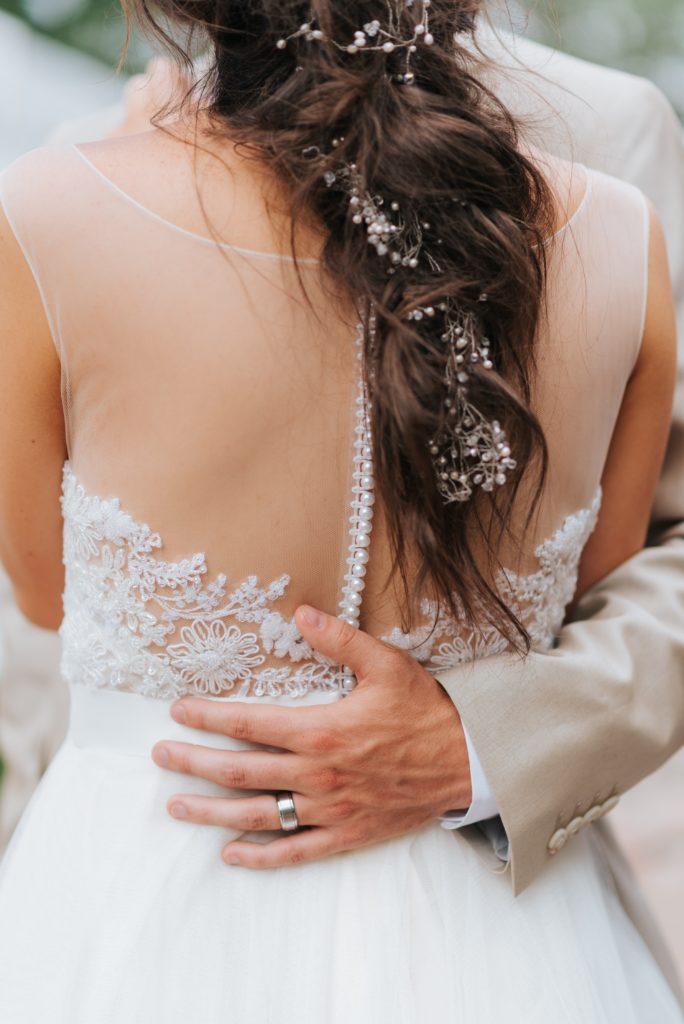 Fryzury ślubne 2019