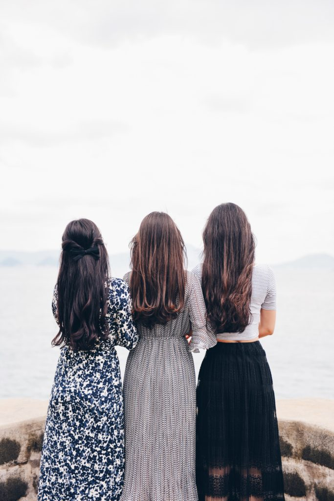 długie włosy fryzury na objętość