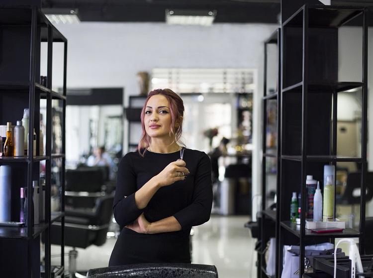 fryzjerka, salon fryzjerski