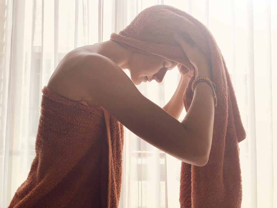 mycie włosów, suszenie włosów