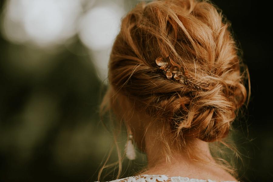 fryzura walentynkowa, upięcie ze spinką