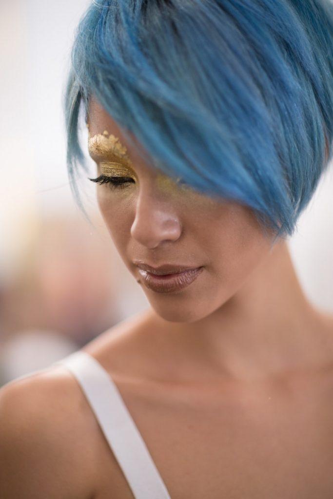 niebieskie włosy, metamorfoza joico, icy blue hair