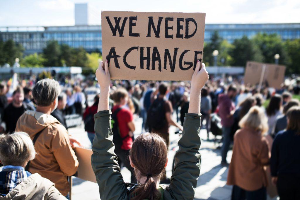 zmiany klimatyczne, sposoby na oszczędzanie energii